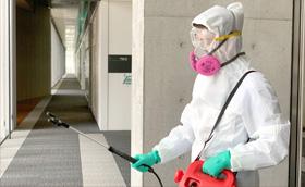 まずは除菌作業