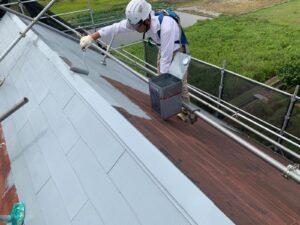 屋根塗装で雨が降った時はどうなるのか?丁寧に解説します!